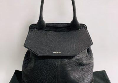 Alexander McQueen laukku